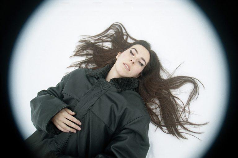 Verde Prato lanza su deslumbrante álbum debut.